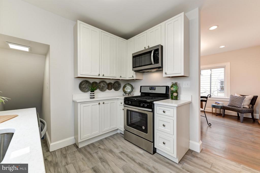 New Kitchen - 207 UNDERWOOD ST NW, WASHINGTON