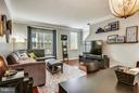 LARGE LIVING ROOM FOR ENTERTAINING - 42821 PAMPLIN TER, CHANTILLY