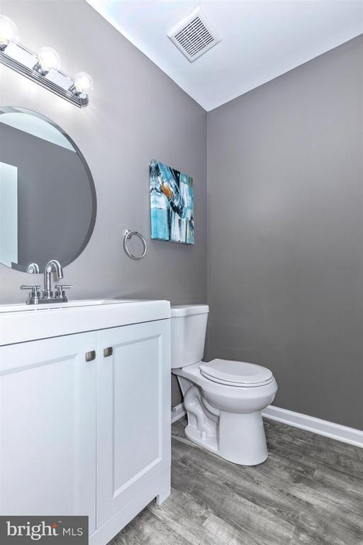Master Bathroom - 320 MAYFIELD CT, WESTMINSTER