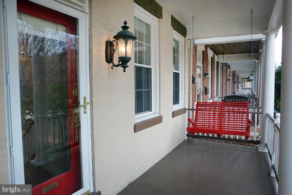 Front Porch - 1329 N CAROLINA AVE NE, WASHINGTON