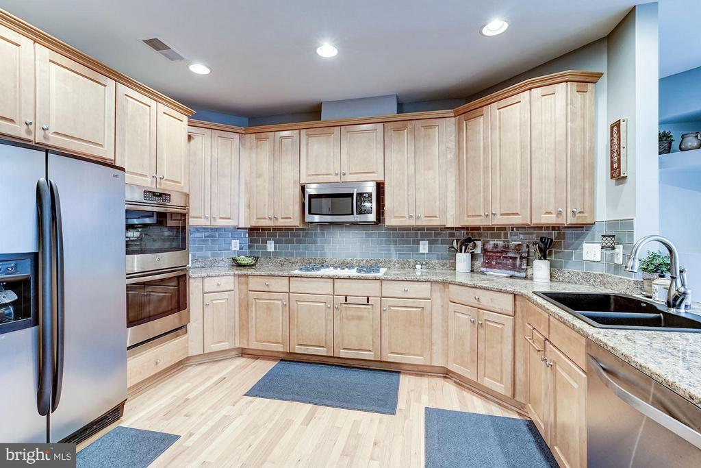 Kitchen - 20374 FALLSWAY TER, STERLING