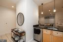 - 2001 15TH ST N #101, ARLINGTON