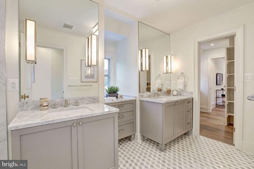 Master Bathroom - 1810 15TH ST NW #1, WASHINGTON