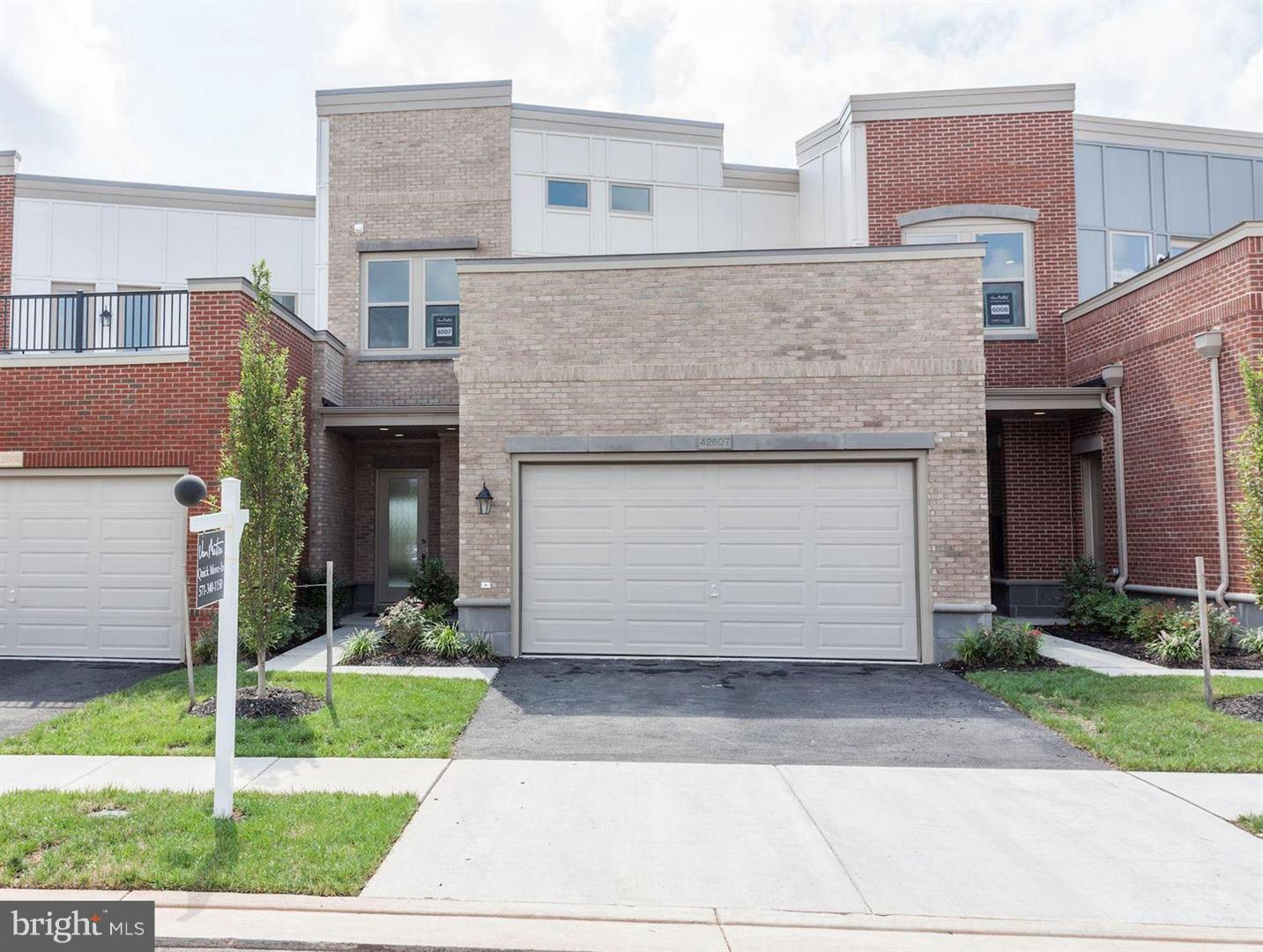 Single Family for Sale at 5 Cumulus Ter Ashburn, Virginia 20148 United States