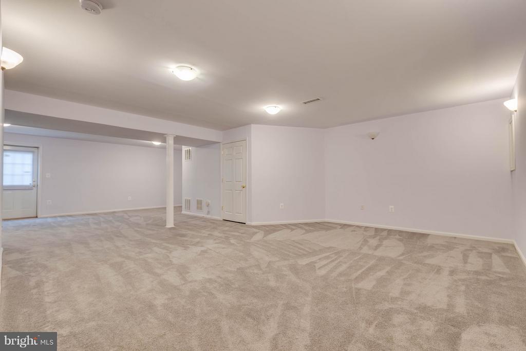 Lower Level Rec Room - 15004 LUTZ CT, WOODBRIDGE