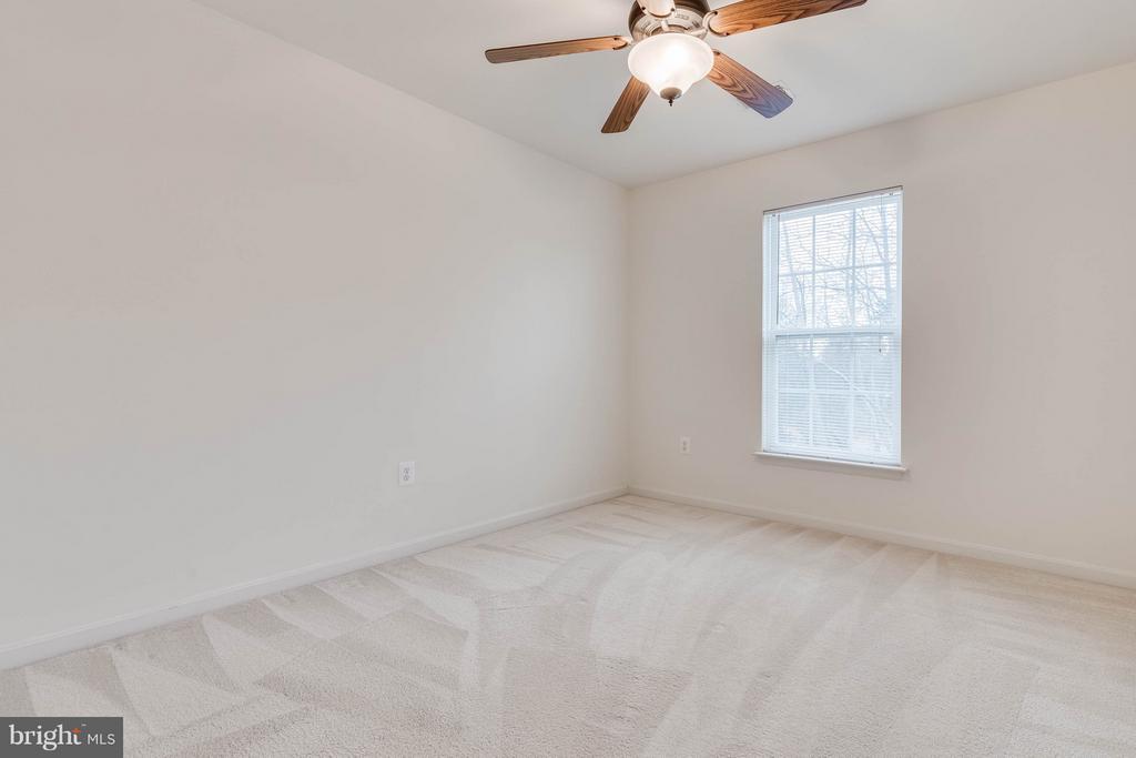 Bedroom 1 - 15004 LUTZ CT, WOODBRIDGE