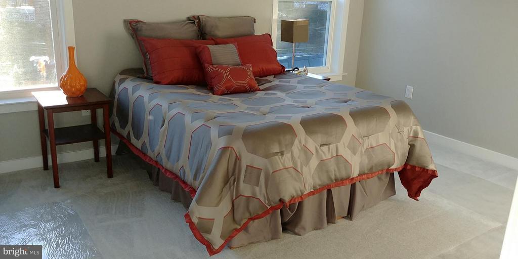 Bedroom (Master) - 5144 S DAKOTA AVE NE, WASHINGTON