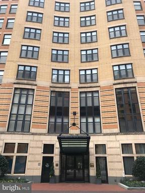 400 MASSACHUSETTS AVE NW #302