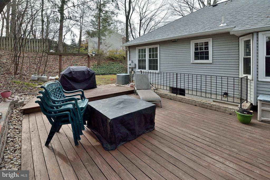 VIEW OF DECK AND WALK UP FROM L2 LEVEL - 9200 MACSWAIN PL, SPRINGFIELD