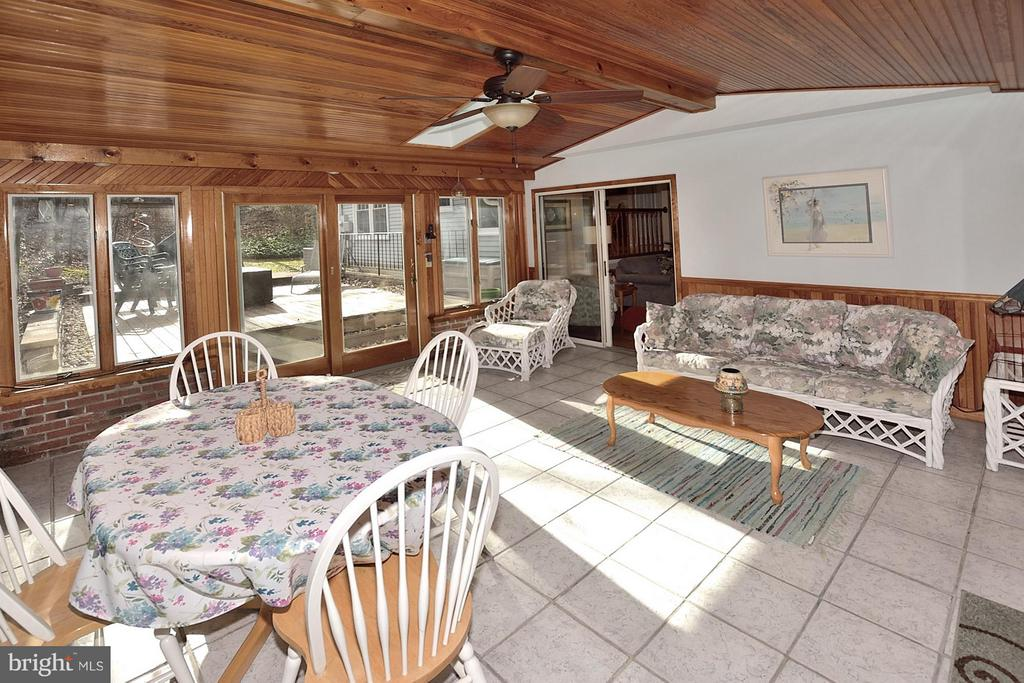 SUNROOM WITH TILE FLOORING - 9200 MACSWAIN PL, SPRINGFIELD