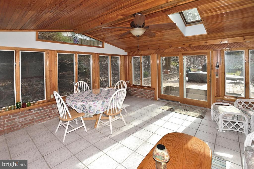 SUNROOM ADDITION WITH ANDERSON WINDOWS AND DOORS - 9200 MACSWAIN PL, SPRINGFIELD