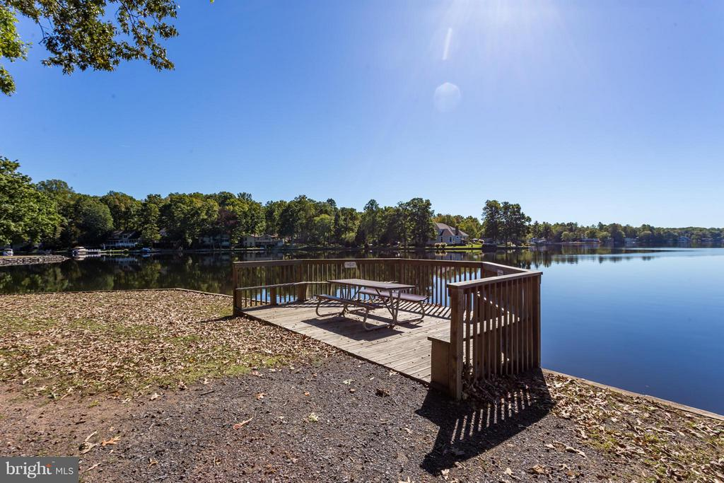 Breathtaking!!! - 1435 LAKEVIEW PKWY, LOCUST GROVE
