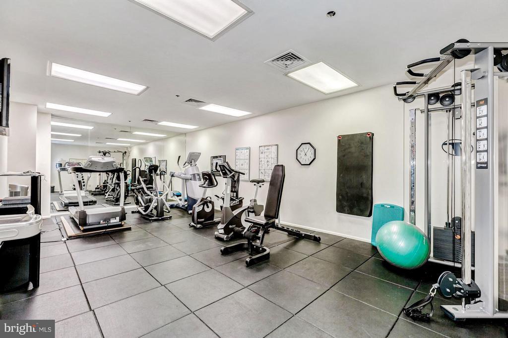 Gym on first floor - 1200 BRADDOCK PL #101, ALEXANDRIA