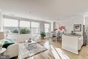 Beautiful hardwood floors with lots of sunshine - 1200 BRADDOCK PL #101, ALEXANDRIA
