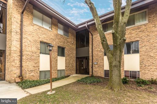 9904 WALKER HOUSE RD #4