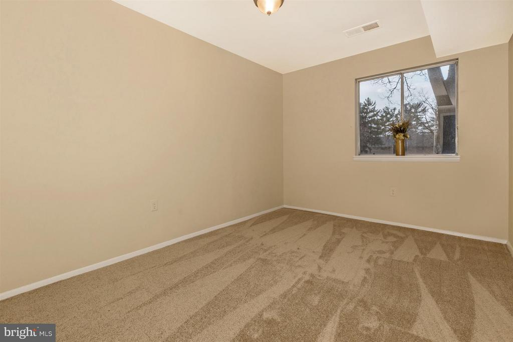 Second Bedroom - 9904 WALKER HOUSE RD #4, GAITHERSBURG