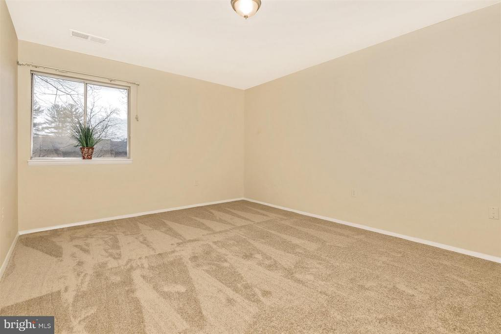 Master Bedroom - 9904 WALKER HOUSE RD #4, GAITHERSBURG