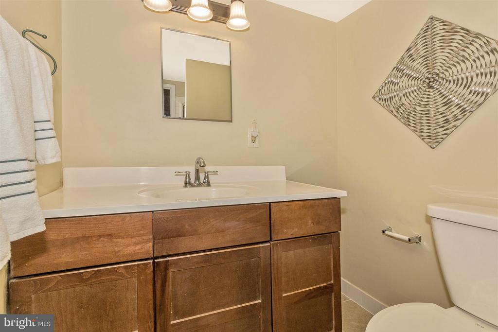 Master Bath w/New Toilet and Light Fixture - 9904 WALKER HOUSE RD #4, GAITHERSBURG