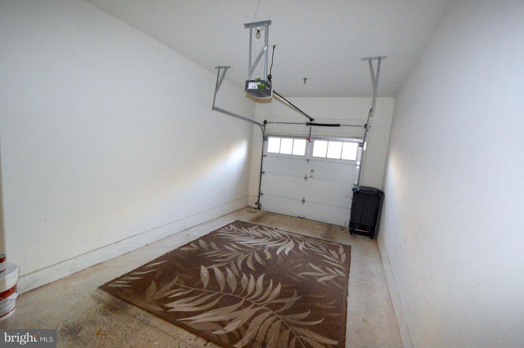 One car garage - inside access - 20365 BELMONT PARK TER #104, ASHBURN