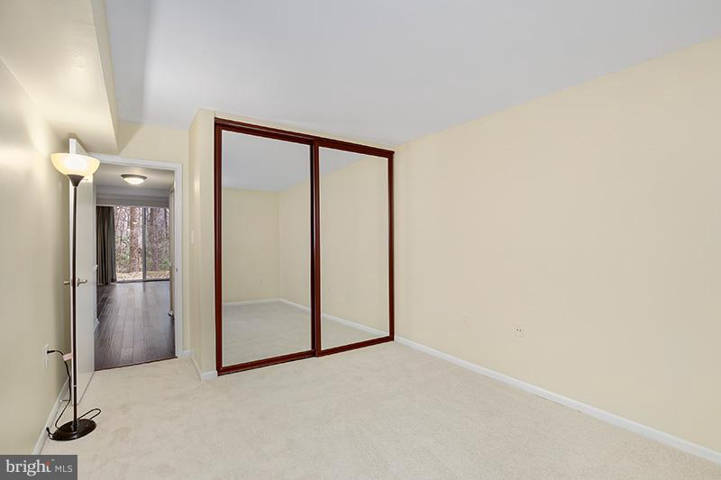 - 1556 NORTHGATE SQ #2A, RESTON