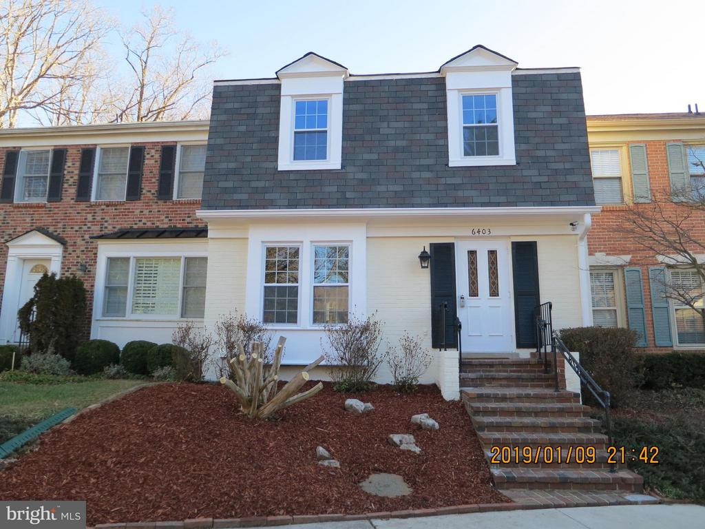 6403  WAINFLEET COURT, one of homes for sale in West Springfield
