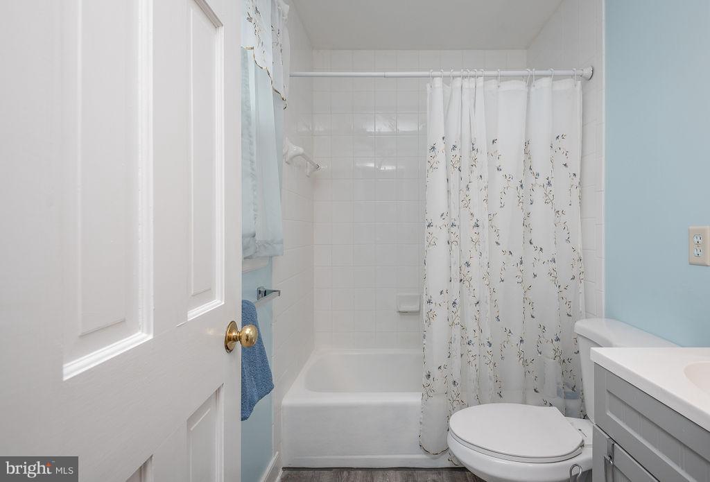 Master Bathroom - 6 WOODBERRY CT, FREDERICKSBURG