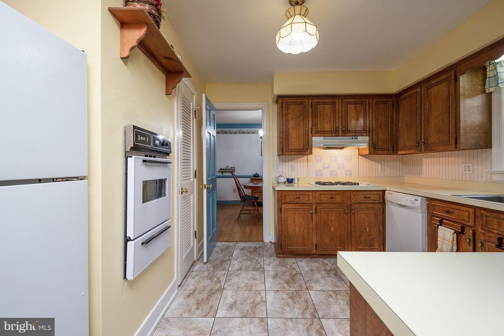 Kitchen - Brand New Wall Oven - 6 WOODBERRY CT, FREDERICKSBURG