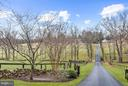 Stately approach - 23009 COBB HOUSE RD, MIDDLEBURG