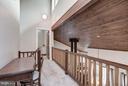 Cascading upstairs foyer - 23009 COBB HOUSE RD, MIDDLEBURG