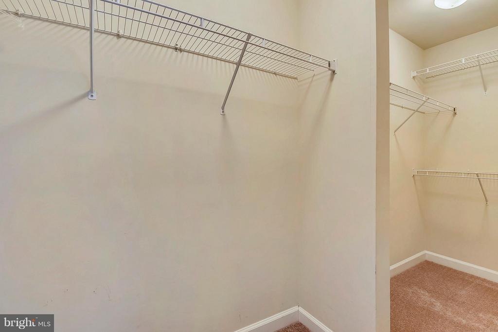 Walk-in closet - 1221 FIDLER LN, SILVER SPRING