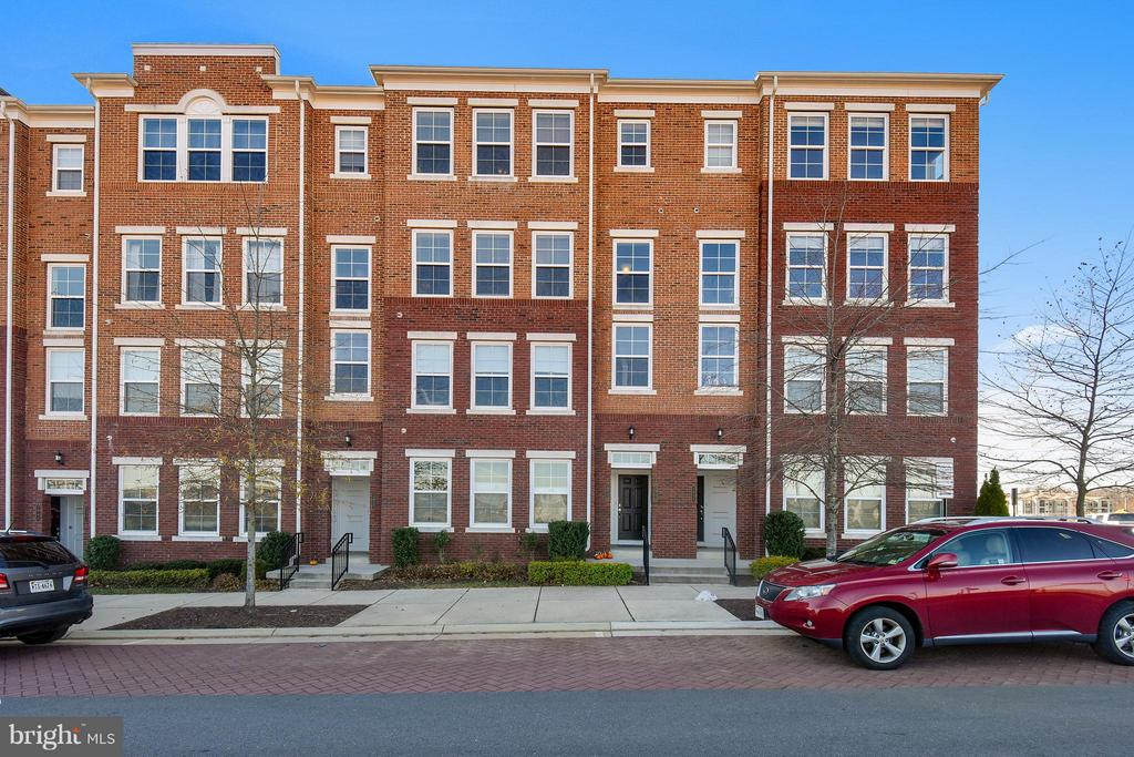 Fairfax Homes for Sale -  City View,  2933  FINSBURY PLACE  106