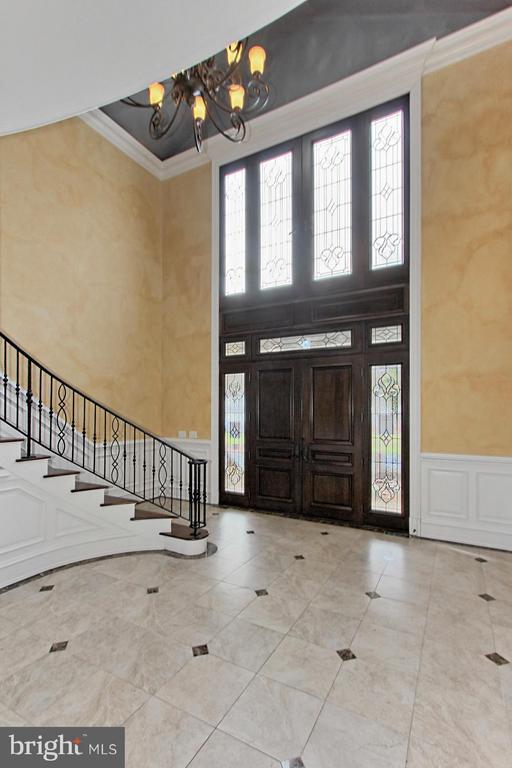 Foyer - 105 POPLAR LN, OCCOQUAN