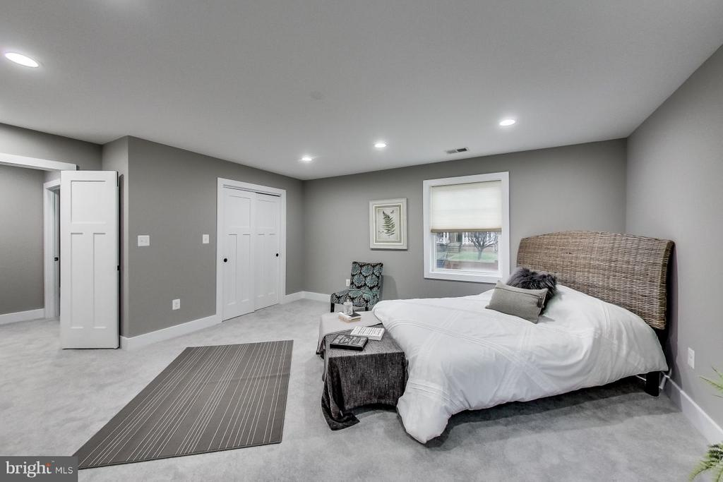 Master Bedroom - 4017 LONGFELLOW ST, HYATTSVILLE