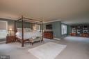 Incredible Room Size! - 10 BOSTON CT, FREDERICKSBURG
