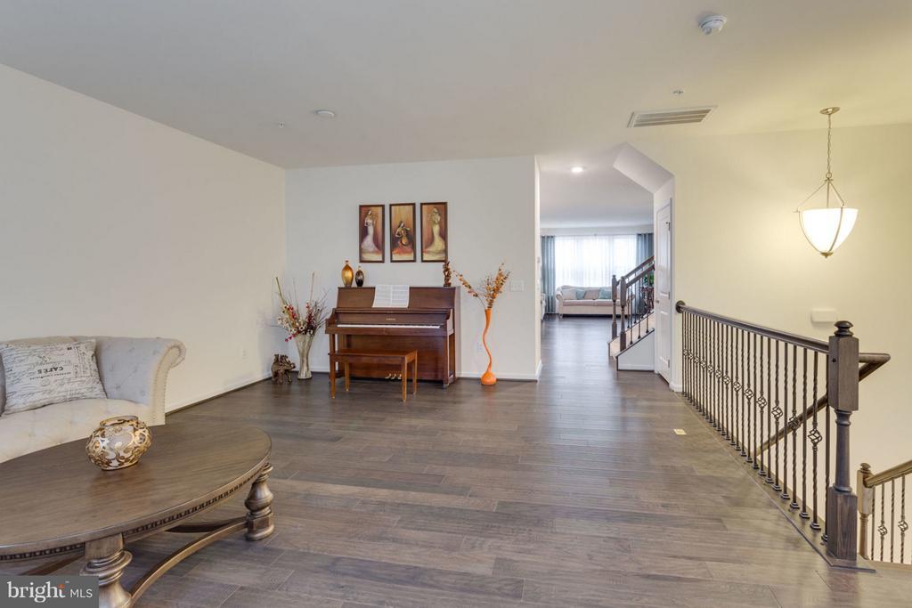 Large open floor plan - 7820 CULLODEN CREST LN, GAINESVILLE