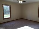 aster bedroom - 8427 BATTLE PARK DR, SPOTSYLVANIA