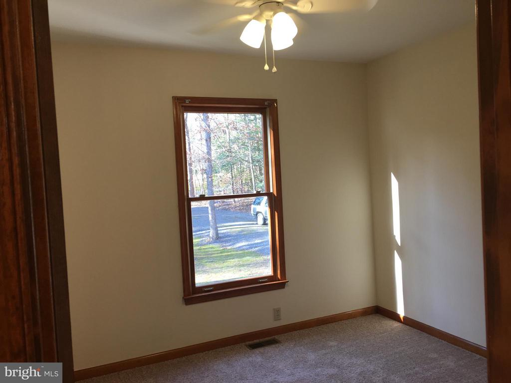 Bedroom #2 - 8427 BATTLE PARK DR, SPOTSYLVANIA