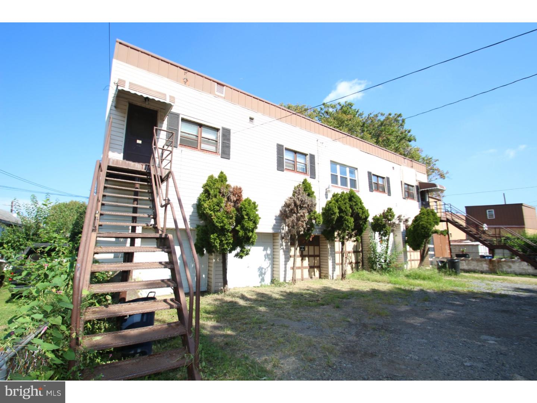 Duplex Homes για την Πώληση στο Marcus Hook, Πενσιλβανια 19061 Ηνωμένες Πολιτείες