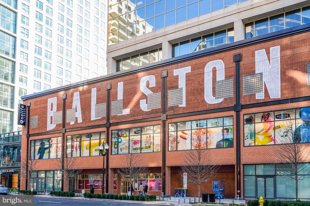 Ballston Mall just 2 blocks! - 1000 N RANDOLPH ST #305, ARLINGTON