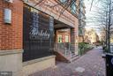 Handicap access to the left of the stairs - 1000 N RANDOLPH ST #305, ARLINGTON
