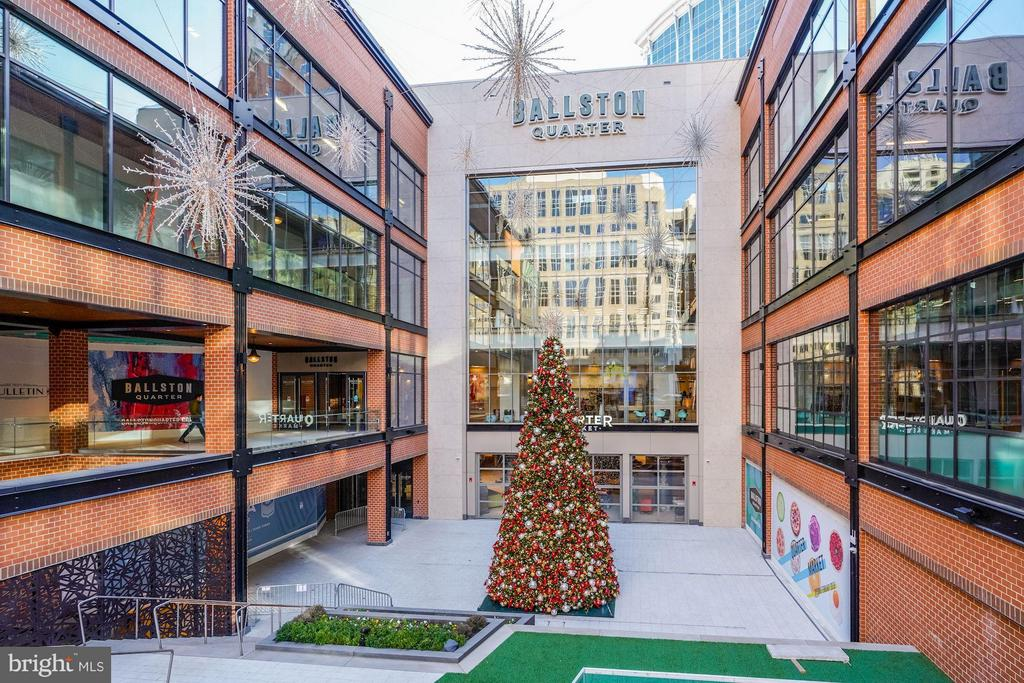 Ballston Mall - 1000 N RANDOLPH ST #305, ARLINGTON