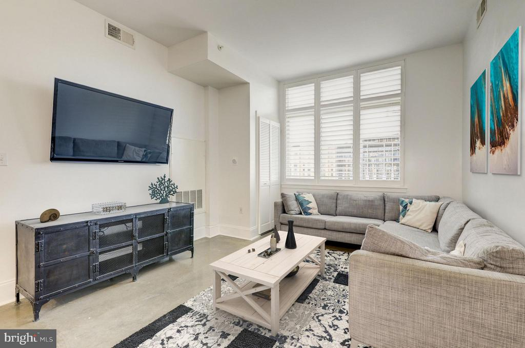 Living Room - 1000 NEW JERSEY AVE SE #1115, WASHINGTON