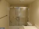 - 1800 OLD MEADOW RD #618, MCLEAN