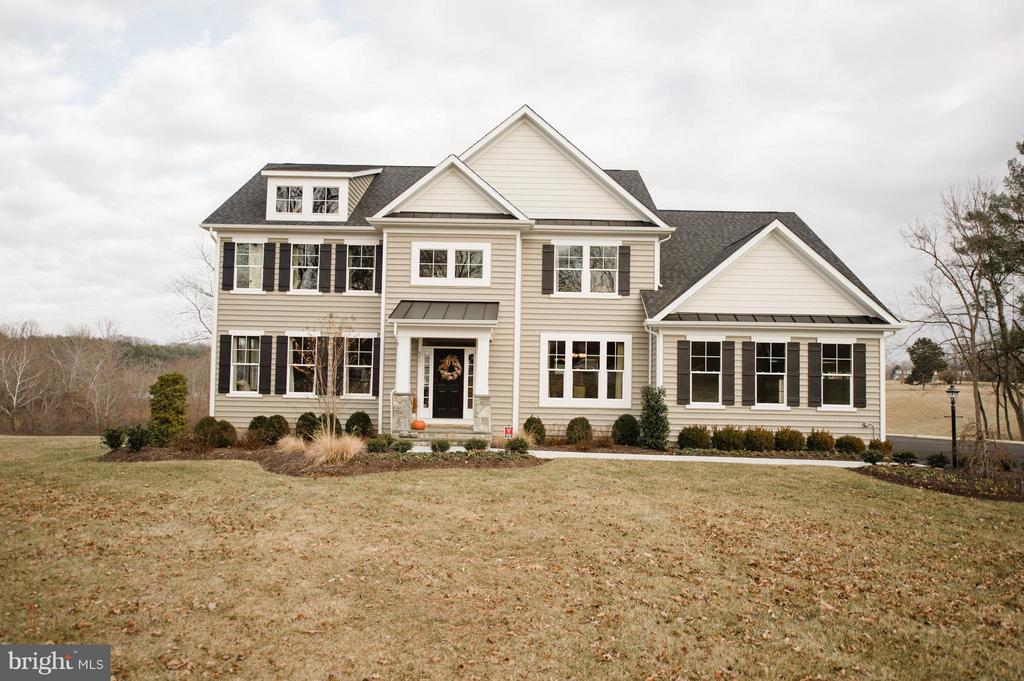 6701  LAKE DRIVE, Warrenton, Virginia