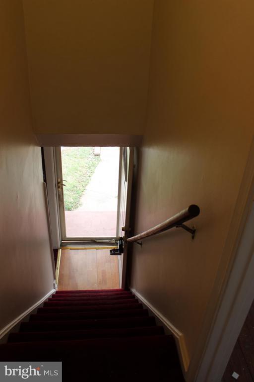 Center Hall Stairs - 7106 HAWTHORNE ST, LANDOVER