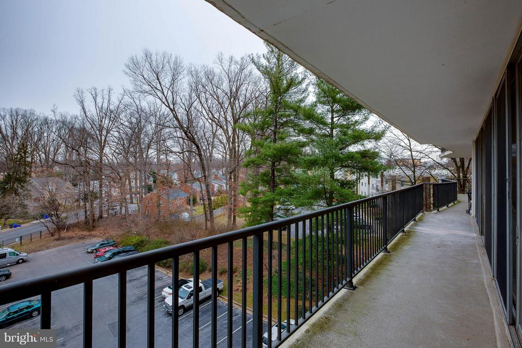 Balcony view - wraps around the entire end unit - 3333 W UNIVERSITY BLVD #511, KENSINGTON