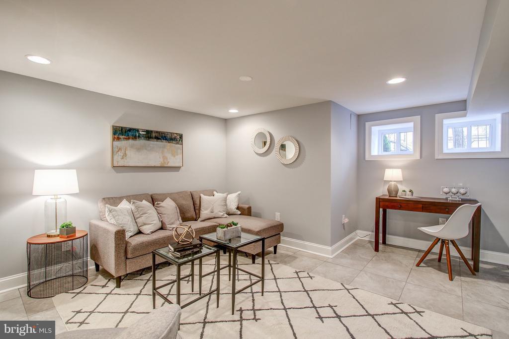 Finished Basement Living Room - 948 WESTMINSTER ST NW, WASHINGTON
