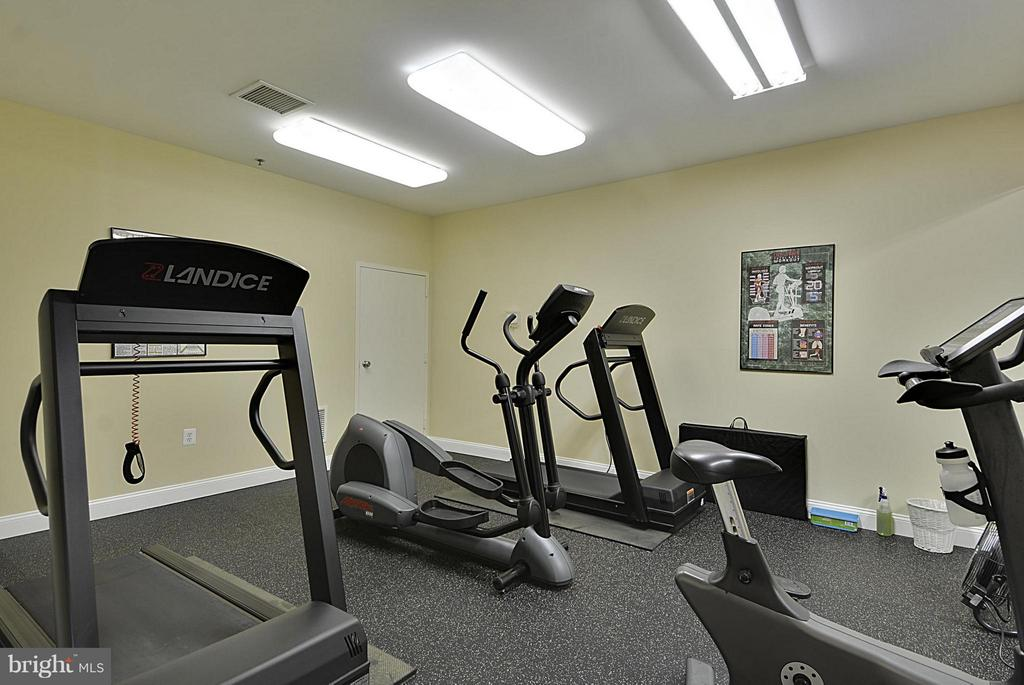 Fitness Rooms ( 2) - 10328 SAGER AVE #113, FAIRFAX