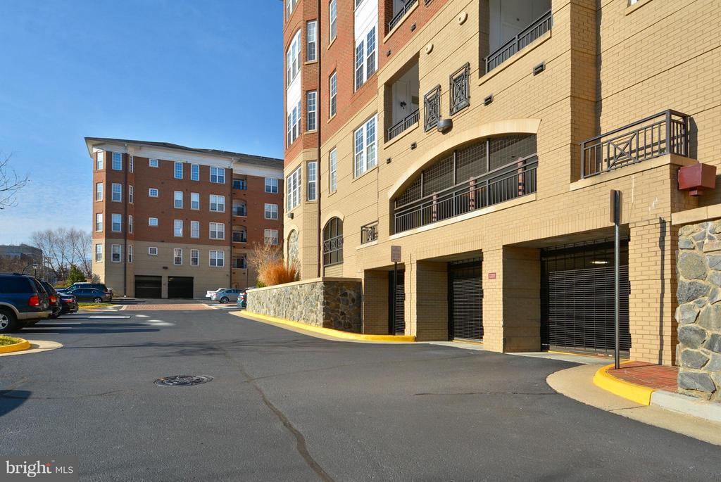 Secure parking - 10328 SAGER AVE #113, FAIRFAX