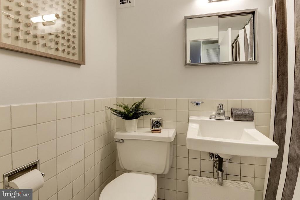 Bathroom - 1301 DELAWARE AVE SW #N-518, WASHINGTON